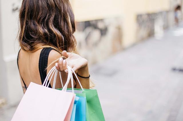 ženské nákupy