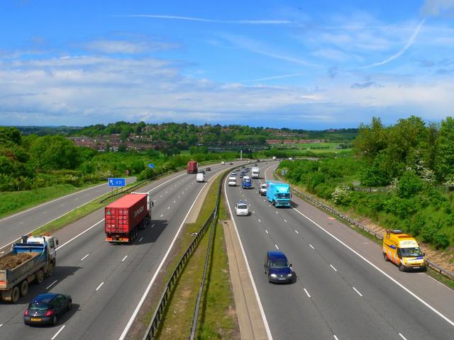 hustý dálniční provoz (při stěhování)